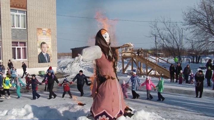 Чучело Масленицы в Екатеринбурге сожгут 1 марта