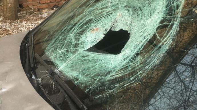 ВЕкатеринбурге шофёр насмерть сбил мужчину и убежал