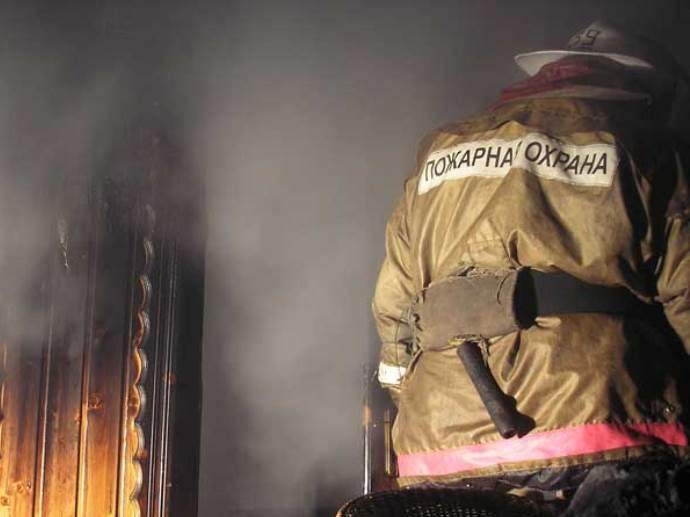 Впожаре вжилом доме вСвердловской области погибли три человека