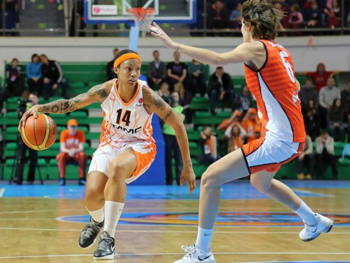 Баскетболистки УГМК вновь разгромили итальянок ивышли вполуфинал Евролиги