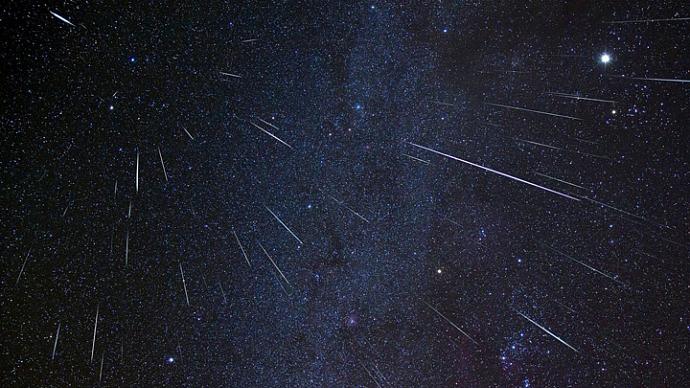 В ночь на 22 апреля в России можно будет увидеть метеорный поток Лириды