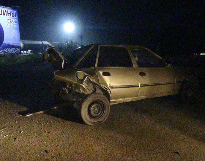 Грузовой автомобиль насмерть сбил водителя после трагедии наЕКАДе