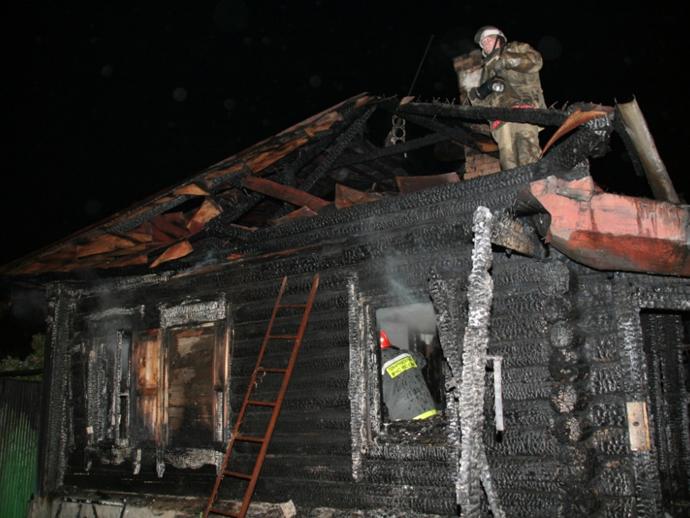 ВПышме при пожаре умер владелец частного дома
