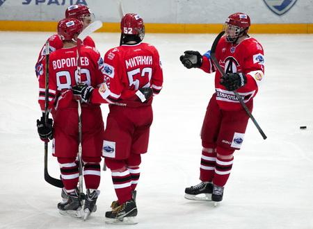 Шесть хоккеистов «Авто» вызваны в молодежные сборные России