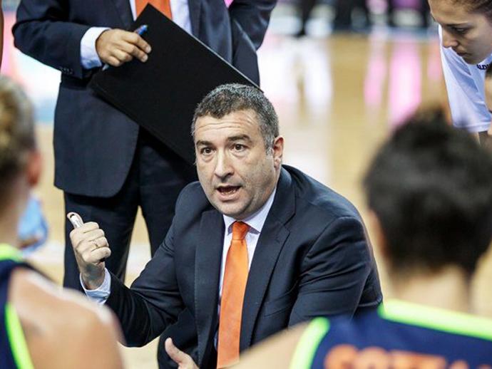 Новым основным тренером УГМК будет Мигель Мендес