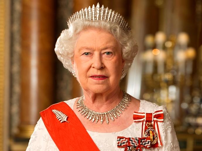 ЕлизаветаII стала самым долгоправящим английским монархом