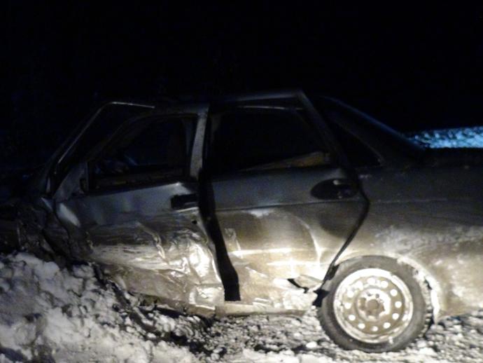 Натрассе Серов— Ивдель встрашном ДТП умер мужчина