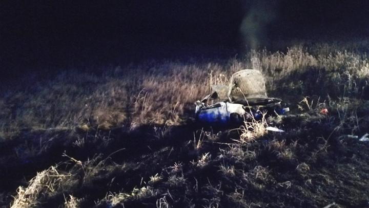 Под Пышмой «Опель» врезался в мост и загорелся, погибли две пассажирки